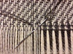 new Ideas crochet basket weave stitch rag rugs Weaving Loom Diy, Weaving Tools, Card Weaving, Tablet Weaving, Weaving Projects, Swedish Weaving Patterns, Loom Patterns, Weaving Textiles, Tapestry Weaving