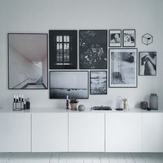 Variations Creative Frame Wall Decoration for Your Home. Amazing and Creative Frame Wall Decoration for Your Home. Bored with a plain wall look? Do not rush to replace the paint or coat it with wallpaper. Living Spaces, Living Room, Interior Decorating, Interior Design, Design Art, Modern Design, Decorating Ideas, Design Ideas, Home And Deco