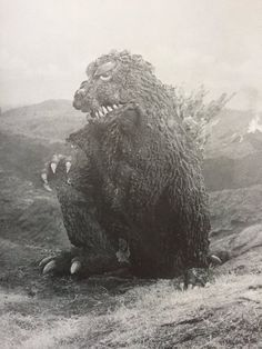 Cool Monsters, Horror Monsters, Classic Monsters, Famous Monsters, Japanese Monster Movies, Giant Monster Movies, Godzilla Tattoo, Old Posters, Robot Monster