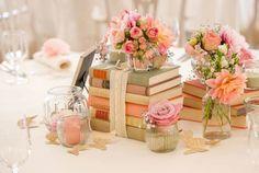 Decoration ideas with books. ideas de decoración con libros.