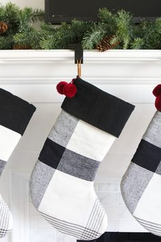 Here are 5 easy (and affordable) steps to decorate a fireplace mantel for the holidays. Including buffalo check stockings, garland, and a cute black and white Christmas display! Christmas Makes, Simple Christmas, Beautiful Christmas, White Christmas, Christmas Wreaths, Christmas Holiday, Holiday Gifts, Diy Pipe Shelves, Diy Baby Gate