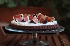 Figs and mascarpone cream tart - Tarta cu crema de mascarpone si smochine