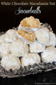 White Chocolate Macadamia Nut Snowballs - classic snowball cookies, updates with the addition of white chocolate chips and macadamias | cupcakesandkalechips.com