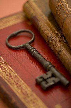 Key | キー | ключ | Chiave | Clé | Clave | Lock | Cerrar | Bloquer | запирать | Bloccare | ロック |