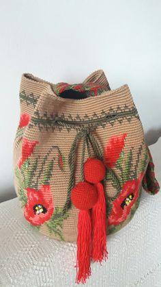 Gentile, Tapestry Bag, Bucket Bag, Burlap, Reusable Tote Bags, Crochet, Totes, Crochet Hooks, Hessian Fabric