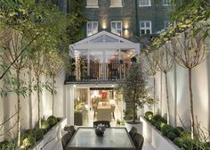 London City Private Garden