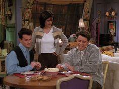 Joey Friends, Friends Moments, Friends Season, Retro Outfits, Season 2, Icons, Tv, My Style, Heart