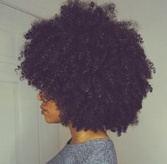 Are you with the fro? Keep your curls moisturized all winter long using Curl Girl's Unstressed Deep Moisture Masque! pinterest : @bluegraykiss