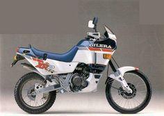 My super bike! 250cc Motorcycle, Trail Motorcycle, Vespa, Rallye Raid, Bmw, Super Bikes, Vintage Bikes, Dirt Bikes, Cool Bikes