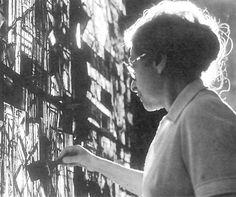 Vieira da Silva -Lisbon, June 13, 1908 - Paris, March 6, 1992 - was a Portuguese painter, naturalized French in 1956.