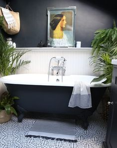 A Cozy London House Will Make You Love Wood-Paneled Walls - This wood-paneled organic home in London is full of plants, art, and gorgeous details. Bathroom Plants, Boho Bathroom, White Bathroom, Bathroom Interior, Black Bathrooms, Bathroom Ideas, Bathroom Inspiration, Bathroom Canvas, Stone Bathroom