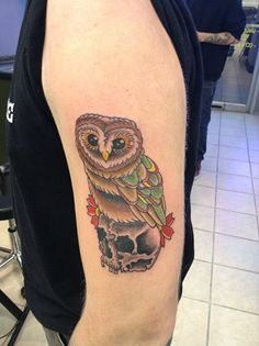 Cool Owl tattoo by our shop artist, Izzy. Contact us for more information on how to become a tattoo artist today! Get more details at www.tattooschool-art.com.