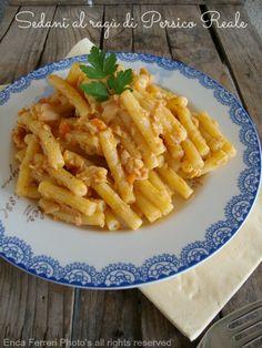 Ogni riccio un pasticcio - Blog di cucina: Pasta con ragù di persico reale