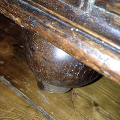 Foot Antique Sofa, Shipwreck, Chair, Antiques, Antique Couch, Antiquities, Vintage Sofa, Antique, Stool