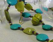 Marilyn1545 Marilyn Rush  #Jewelry #Necklace #ChunksOfJade #Magnetite #OneStrand #GoldFindings etsy.com/listing/804403… #Handmade #Unique #Original #GenuineGems #GRC #$40  20 seconds ago