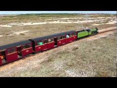 Steam train to Dungeness lighthouse Seaside Holidays, Romantic Travel, Great Britain, Family Travel, Lighthouse, Coast, British, Train, Landscape