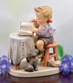 LITTLE BOOKKEEPER M.I. HUMMEL FIGURINE Goebel Figurines, Precious Moments Figurines, Cold Porcelain, Drawing For Kids, Beautiful Children, Little People, Glass Art, Sculptures, Miniatures