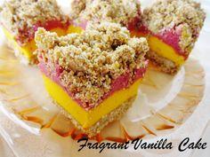 Fragrant Vanilla Cake: Raw Sweet Potato Cranberry Streusel Bars