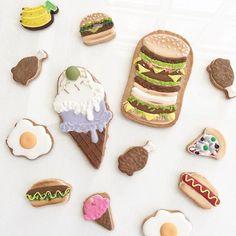 สิ่งที่ผู้หญิงทุกคนต้องการก็คือ!!!  กินแล้วไม่อ้วน   สอบถาม / สั่งทำคุกกี้ ✅line: petitefillebyjj หรือ คลิกลิ้งค์หน้าโพรไฟล์ค่า  #PetiteFilleByJJ #custommade #icingcookie #hamburger #superburger #giantburger #icecream #foodInstagram web viewer online, You can find the most pop photos and users at here Yooying.