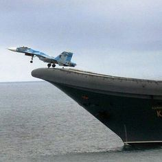 "959 Likes, 10 Comments - Military planes and choppers. (@instawarplanes) on Instagram: ""Sukhoi Su-33 of Russian Navy taking off from the aircraft carrier Admiral Kuznetsov . ➖ ➖ ➖ ➖ ➖ ➖…"""