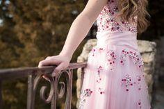 free prom dress rent