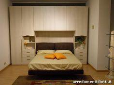 Camera per ragazzi con armadio a ponte bianco dormitor