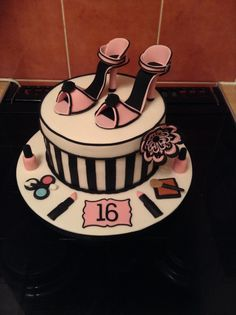 Shoes and make up cake