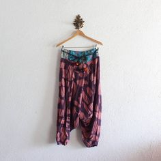 Vintage Thai Harem Pants. Amazing colorful kilim print detail on front waist band! Muted Purple and pinky mauve abstract bottoms. Black rope belt with connecting red, green, raspberry, orange, and black pom-poms! 100% cotton. Elastic waist and ankles. Super comfy and unique! Easy to live in year round!!  >>>>>>>>>>>>>>>>>>>>>>>>>>>>>>>>>>>>>>>>>>>>>>>&gt...