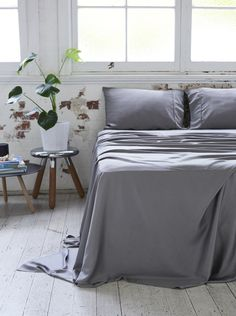 Home + Bedroom Decor // ideas // Bamboo Charcoal Sheet Set - Dove Grey Modern Bed Sheets, Modern Bedding, Matching Bedding And Curtains, Home Decor Bedroom, Bedroom Ideas, Master Bedroom, Bedroom Stuff, Bedroom Inspo, King Bedding Sets