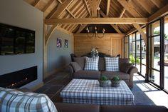 't Landhuys Exclusieve houten bijgebouwen - Eiken bijgebouw Poolhouse met sanitaire ruimte - Hoog ■ Exclusieve woon- en tuin inspiratie.