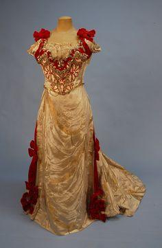 Ballgown, ca. 1890.  Swoon.