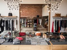 [Interior] 34 inspired ideas for interior design ideas women's boutique. best shops in A Boutique, Boutique Clothing, Clothing Boutiques, Women's Clothing, Clothing Stores, Boutique Ideas, Jules Boutique, Clothing Displays, Boutique Decor