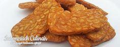 Tempeh Goreng Irisan - Gefrituurde plakjes tempeh - Fried slices of tempeh