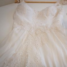 Made With Love! Wedding Dress atelier Carla Gaspar