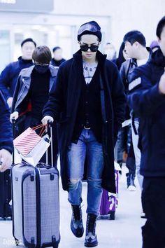 #Mino #Minho #WINNER #airport