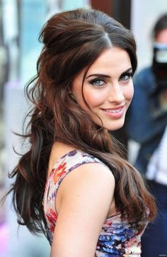 Jessica Lowndes- I just adore this hairstyle! Kind of a '50s retro throwback. Gorge  girlie.