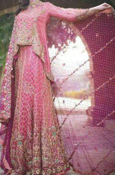Fish shape lehnga dress in pink color fully embellished. Beautiful fish shape lehnga dres fully embroidered with zari, pearls, stones, mukesh, zardozi Pakistani Party Wear, Pakistani Wedding Dresses, Pakistani Outfits, Wedding Party Dresses, Indian Outfits, Pakistani Couture, Wedding Hijab, Indian Couture, Bridal Outfits