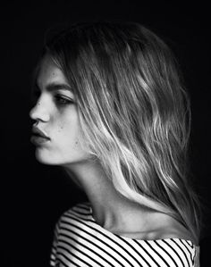 Black and White Portrait Photography: Expert Advice That Helps You Succeed – Black and White Photography New Outfits, Trendy Outfits, Portrait Photography, Fashion Photography, Daphne Groeneveld, Fashion Poses, Fashion Fashion, Black And White Photography, Monochrome Photography