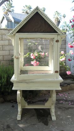 Vintage Garden House Created By Bob Ellis Old Window Greenhouse, Small Greenhouse, Greenhouse Plans, Backyard Projects, Garden Projects, Lawn And Garden, Home And Garden, Herb Garden, Diy Bird Cage