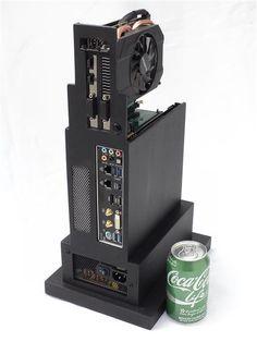 Custom Computer Case, Computer Diy, Custom Computers, Gaming Desk, Gaming Setup, Diy Pc, Pc Repair, Gaming Station, Mini Itx