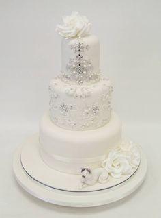 cake by: www.emmajaynecakedesign.co.uk