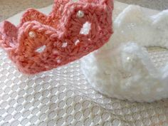 crochet baby crown pattern | Free Pattern Friday: Crocheted Crowns