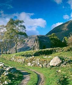 The Kerry Way, IRELAND. The Kerry Way, at 230km the longest of the Irish Waymarked Trails, is a circular route that circumnavigates the peninsula, starting and finishing in Killarney, and also passing through fine Kerry towns such as Glenbeigh, Caherciveen, Waterville, Sneem and Kenmare.