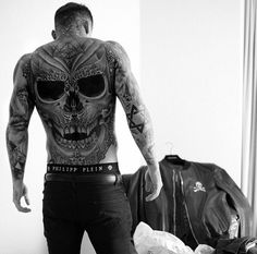 Stephen James by Dani Gaya @stephen_james_hendry Instagram