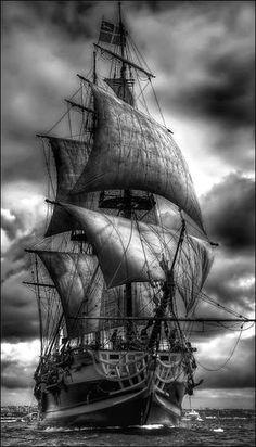 Não é o Victory, é uma fragata francesa, mas é o ângulo perfeito.