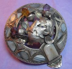 IMPRESSIVE LARGE VICTORIAN SILVER & AGATE SET SCOTTISH THISTLE PLAID BROOCH