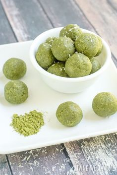 Matcha Green Tea Energy Bites 1 cup shredded coconut, unsweetened 4 Tbsp almond flour 2 Tbsp maple syrup, more or less to taste* 1 Tbsp coconut oil 1 Tbsp matcha/moringa