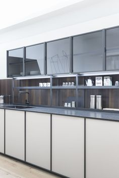 Linear fitted kitchen without handles XP/03 - Zampieri Cucine