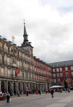 Plaza Mayor, Madrid #travel #honeymoon #europe