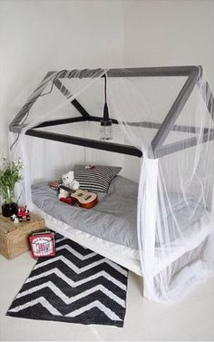 via mommo design - cute bed idea Baby Bedroom, Kids Bedroom, Kids Rooms, Master Bedroom, Shapes For Toddlers, Room Deco, Deco Kids, House Beds, Big Girl Rooms